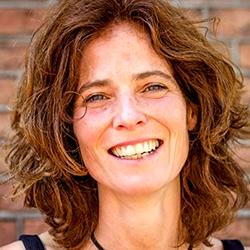 Dr.Marianne Van Wetter